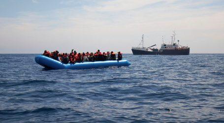 Εντοπισμός και διάσωση 77 μεταναστών ανοιχτά της Πύλου