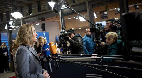 Ιταλία: Σταθερά φιλοευρωπαϊκή κυβέρνηση ζητούν υπουργοί και αξιωματούχοι της ΕΕ