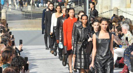 Μεγάλοι οίκοι μόδας σταματούν τη συνεργασία με μοντέλα κάτω των 18
