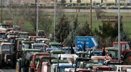Η κυβέρνηση προσκαλεί τους αγρότες σε διάλογο