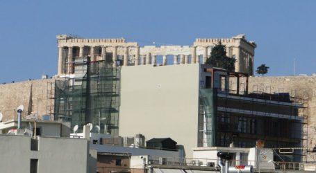 Αναστολή των οικοδομικών αδειών πέριξ της Ακρόπολης, σκέπτεται ο Σταθάκης