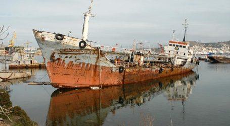 ΟΛΠ: Εκποίηση και απομάκρυνση επικίνδυνων πλοίων
