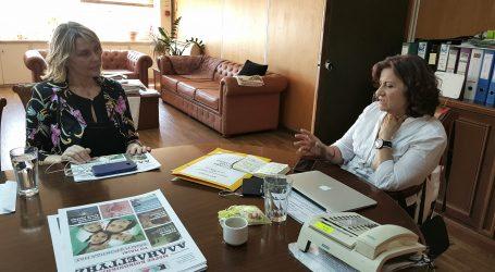 Παπακώστα: Ενημέρωσε Φωτίου για τις προτάσεις της ΝΕΟ για τους ανέργους