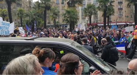 Παρίσι: Τουλάχιστον 40.000 διαδηλωτές κατά της πολιτικής Μακρόν