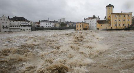 Πλημμύρες, πυρκαγιές και πανώλη – Η κλιματική αλλαγή αποτελεί αιτία για πολλά δεινά