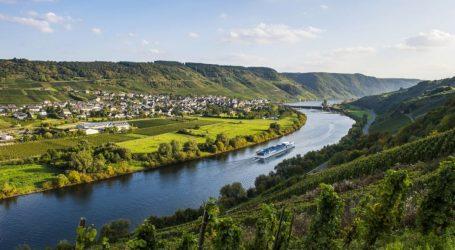 Μόνο ένα στα τρία μεγάλα ποτάμια της Γης κυλάει ελεύθερα