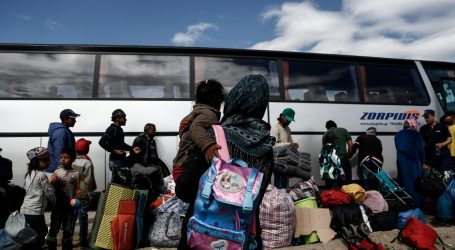 Νάουσα: Διαμαρτυρία κατοίκων για άφιξη νέων προσφύγων και μεταναστών