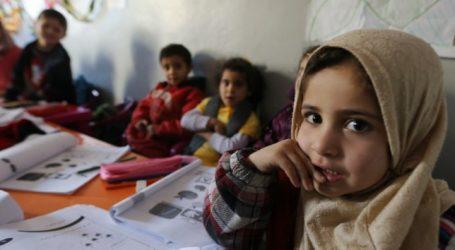 «Ανήσυχοι γονείς ή ρατσιστές;»   To Spiegel ρίχνει στα μαλακά τους γονείς στη Σάμο που δεν στέλνουν τα παιδιά τους σχολείο μαζί με τα προσφυγόπουλα