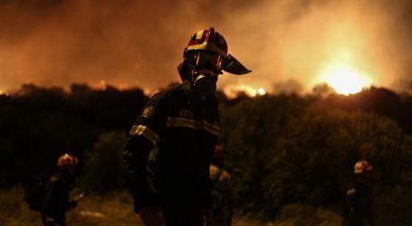 Αλεξανδρούπολη: Συνεχίζεται η μάχη με τις φλόγες στην περιοχή της Λευκίμης