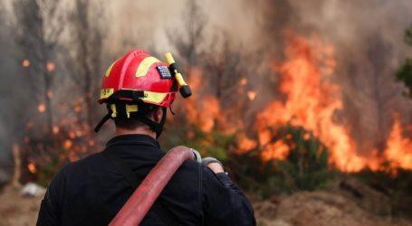 Σε εξέλιξη πυρκαγιά στις Καρυές Σαμοθράκης