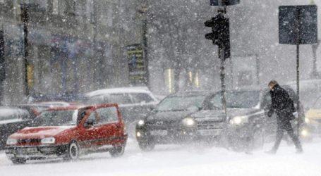 Σε «κίτρινο συναγερμό» η Ρουμανία λόγω σφοδρών χιονοπτώσεων