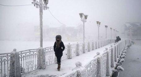'Ένας νεκρός από σφοδρή χιονόπτωση στη Μόσχα