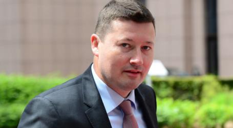 Oργή ευρωβουλευτών για τον αδιαφανή διορισμό του Μάρτιν Σελμάιερ στη θέση του Γενικού Γραμματέα της Κομισιόν