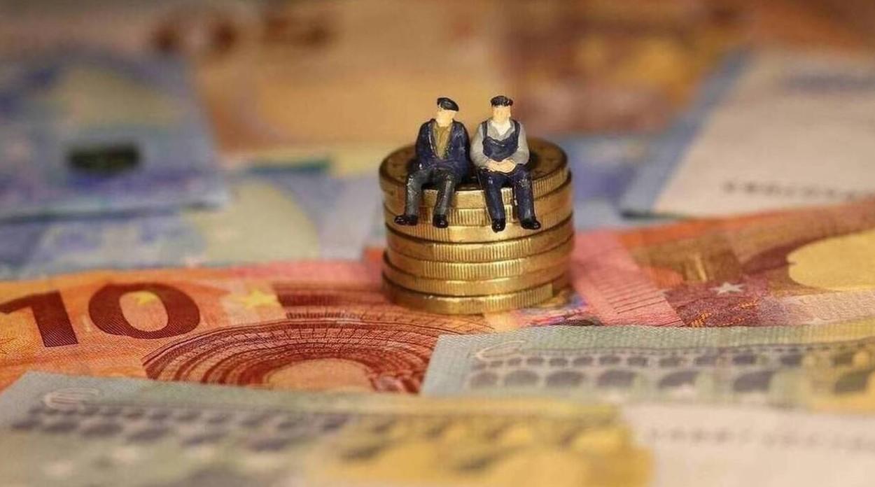 ΣτΕ: Συζητήθηκαν οι περικοπές των συντάξεων και η κατάργηση δώρων και επιδομάτων