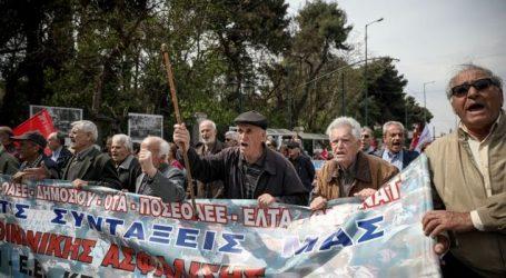 Συνάντηση Τσίπρα – συνταξιούχων: Ικανοποιήθηκαν τα αιτήματα για συντάξεις χηρείας και 120 δόσεις όσον αφορά τα χρέη προς ασφαλιστικά ταμεία