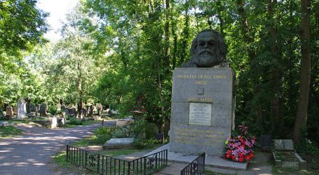 Βεβήλωσαν τον τάφο του Καρλ Μαρξ στο Λονδίνο