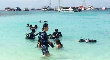 Ταϊλάνδη: Ένας νεκρός και 53 αγνοούμενοι μετά τη βύθιση τουριστικού σκάφους