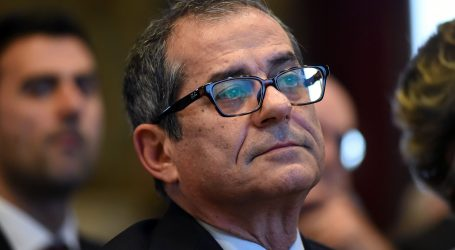Ιταλός ΥΠΟΙΚ: Συμμεριζόμαστε τους στόχους της ΕΕ για τη βελτίωση των δημοσιονομικών