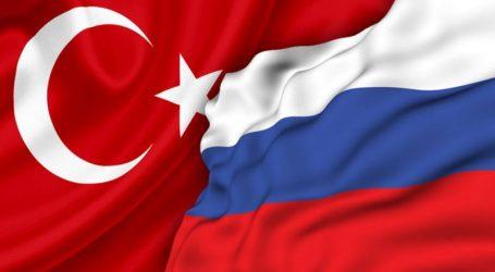 Τουρκική αντιπροσωπεία στη Μόσχα για να συζητήσει τις κρίσεις στη Συρία και τη Λιβύη