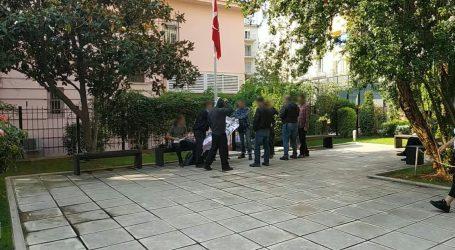 Θεσσαλονίκη: Εισβολή αντιεξουσιαστών στο τουρκικό προξενείο (vid)