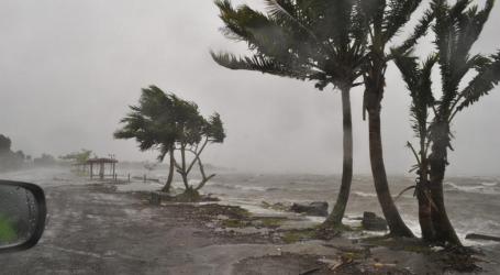 Κυκλώνας απειλεί την Πορτογαλία και την Ισπανία