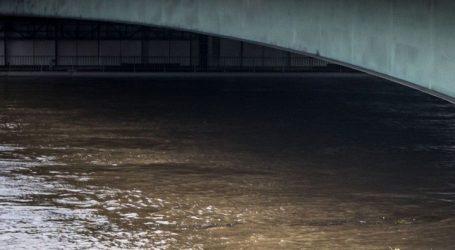 Διακοπή της κυκλοφορίας στην υπόγεια γέφυρα της παλαιάς παραλιακής στο ρεύμα προς Πειραιά
