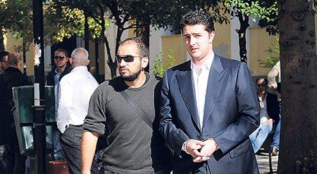 Συνελήφθη στη Γλυφάδα ο Φλώρος – Οδηγήθηκε στη ΓΑΔΑ