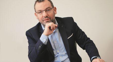 Ο Χριστοφορίδης υπενθυμίζει ότι ο Μητσοτάκης είχε ξεκάθαρα ταχθεί υπέρ της περικοπής συντάξεων (vid)