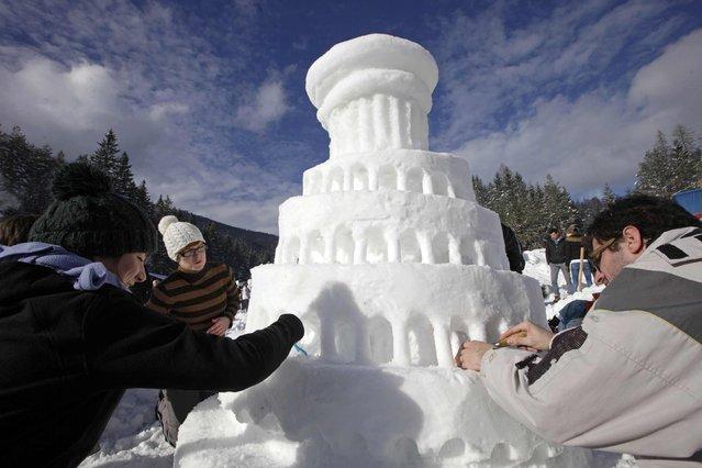 Σλοβενία: Κάστρα και γλυπτά από… χιόνι και ο θρύλος ενός βασιλιά