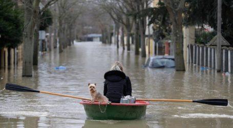 Τουλάχιστον 6 νεκροί από τις πλημμύρες στη νότια Γαλλία