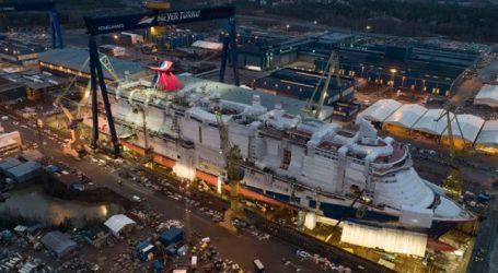 Καθελκύστηκε το κρουαζιερόπλοιο των 344 μέτρων και των 5,200 επιβατών (pics)