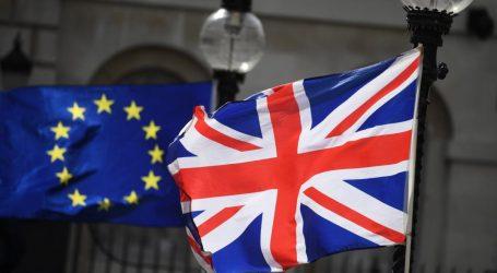 DIW: Ένα σκληρό Brexit θα έπληττε βαριά την εξωστρεφή γερμανική οικονομία