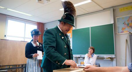 Βαυαρία: Δημοσκόπηση χαστούκι για τον Ζεεχόφερ 19 μέρες πριν τις εκλογές