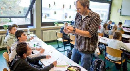 Γερμανία: Η λιτότητα τώρα στρέφεται κατά των Γερμανών – 40.000 κενές θέσεις εκπαιδευτικών