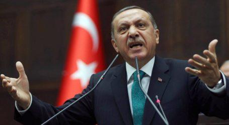 Ερντογάν: «Παραπληροφόρηση» τα περί δραπέτευσης εκατοντάδων μελών του ΙΚ