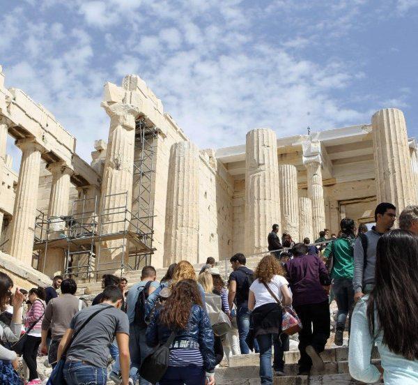 Υπ. Τουρισμού: Οι 29 χώρες που μπορούν να στείλουν αεροπορικώς τουρίστες σε Αθήνα - Θεσσαλονίκη από 15 Ιουνίου