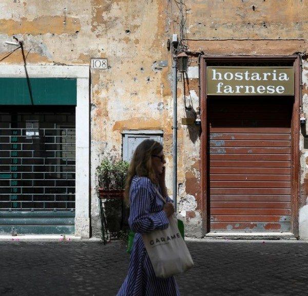 Ιταλία - Κορωνοϊός: 75 νεκροί και 355 νέα κρούσματα