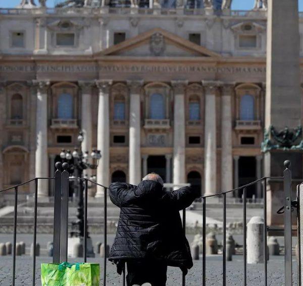 Ιταλία: 87 νέοι θάνατοι από κορωνοϊό και 516 κρούσματα - Φόβοι για το φθινόπωρο