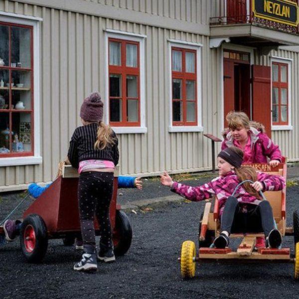 KidsRights: Τα δικαιώματα των παιδιών «πλήττονται σοβαρά» από την κρίση