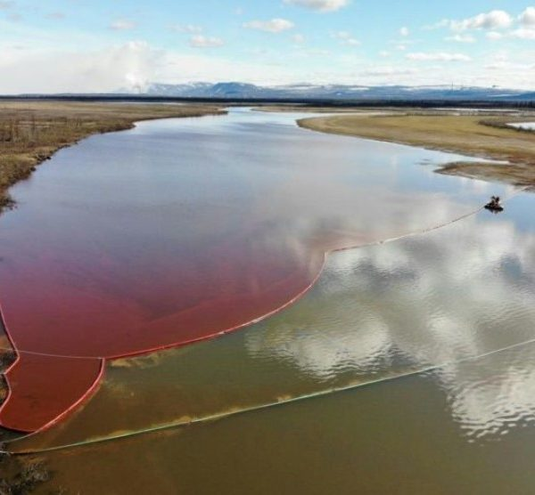 Αρκτική: 20.000 τόνοι πετρελαίου έπεσαν σε ποταμό