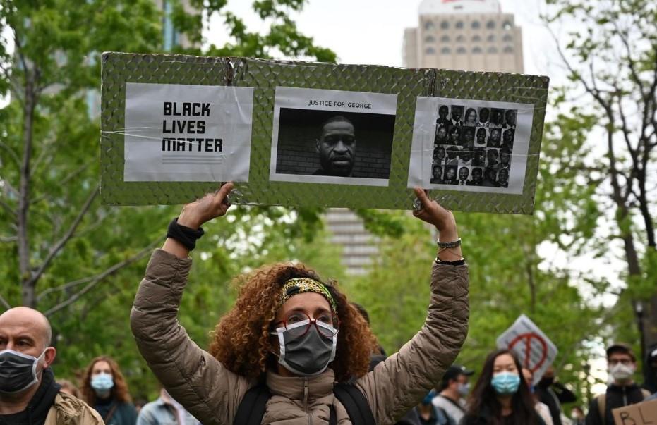 Μόντρεαλ: Διαδηλώσεις κατά του ρατσισμού και της αστυνομικής βίας (vids)