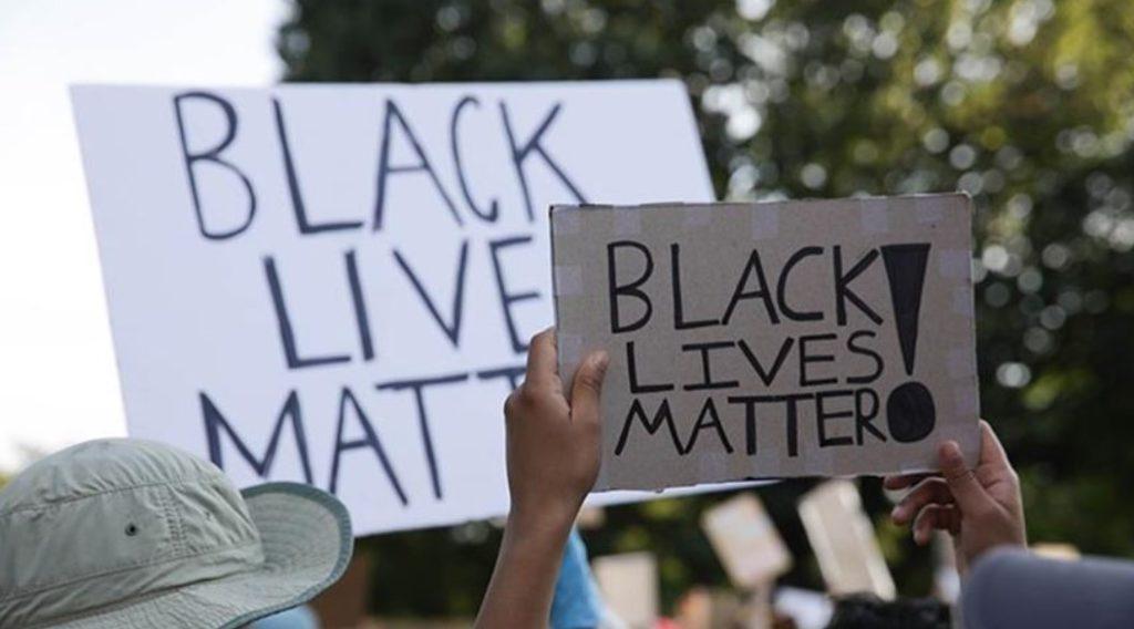 Δολοφονία Τζορτζ Φλόιντ: Χιλιάδες διαδηλωτές στο Λονδίνο
