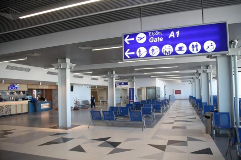 Ηράκλειο: Έφτασε η πρώτη πτήση - Αναμένονται σήμερα 4.000 τουρίστες