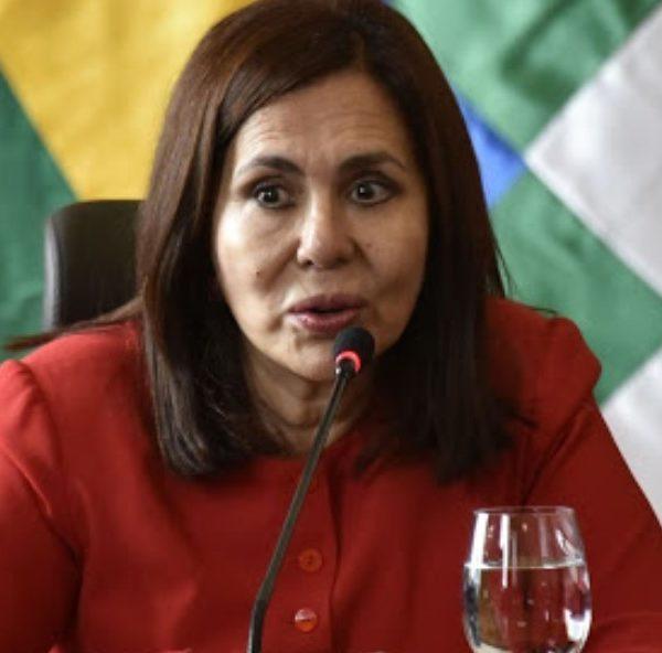 Βολιβία: Θετική στον κορωνοϊό η υπουργός Εξωτερικών Κάρεν Λόνγκαρικ