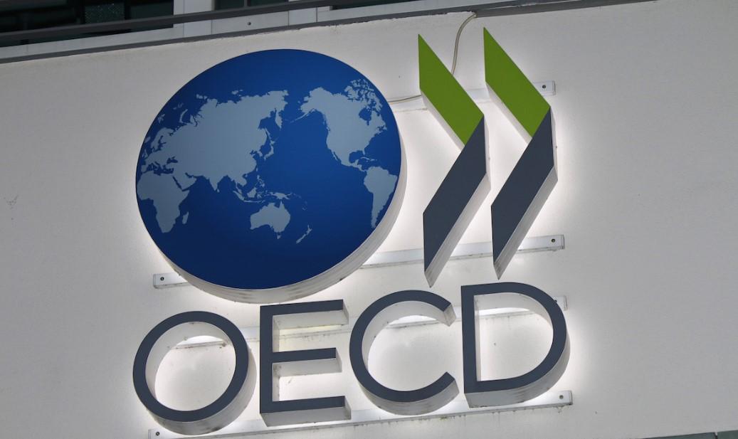 ΟΟΣΑ: Ύφεση έως 9,8% στην Ελλάδα και ανεργία μέχρι 20,4%