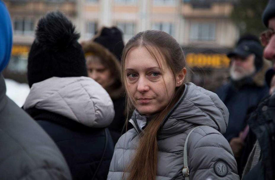 Ρωσία: Η δημοσιογράφος Σβετλάνα Προκόπιεβα κρίθηκε ένοχη για προάσπιση της τρομοκρατίας