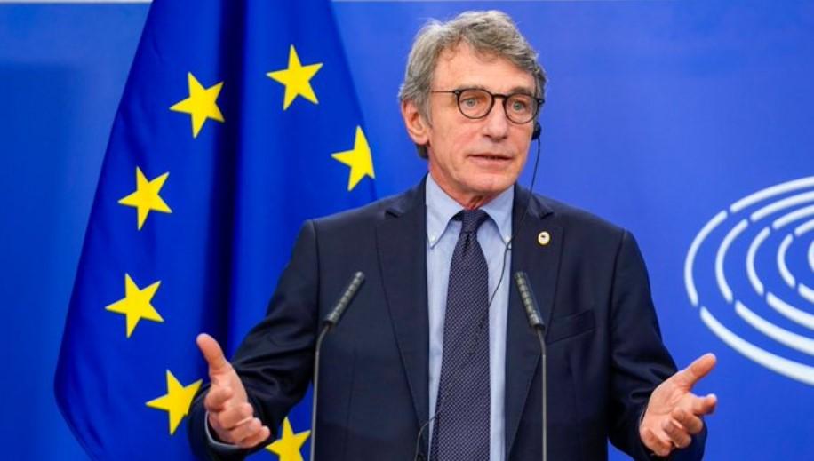 ο πρόεδρος του Ευρωπαϊκού Κοινοβουλίου Νταβίντ Σασόλι.