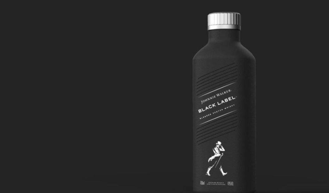 Το Johnnie Walker σε χάρτινα μπουκάλια από το 2021