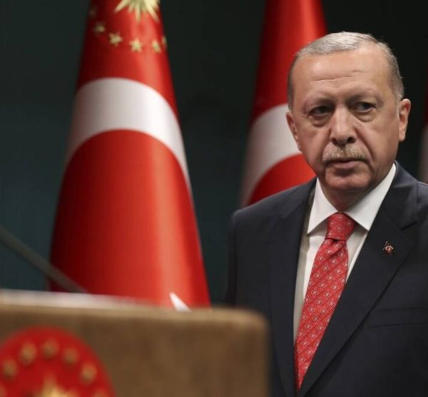 Ερντογάν: Το «Oruc Reis» θα συνεχίσει τις έρευνες έως τις 23/08 - Παράλογες οι αξιώσεις της Αθήνας