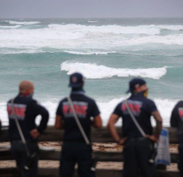 ΗΠΑ: Η τροπική καταιγίδα Ησαΐας θα έχει επανέλθει σε ισχύ τυφώνα όταν θα πλήξει τη Βόρεια και Νότια Καρολίνα